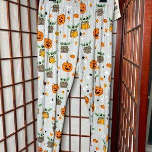 Baby yoda pumpkin halloween Pajama Pants